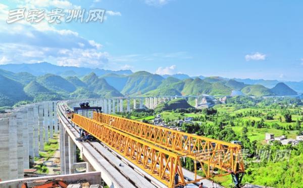贵州:建设中的沿河至德江高速公路