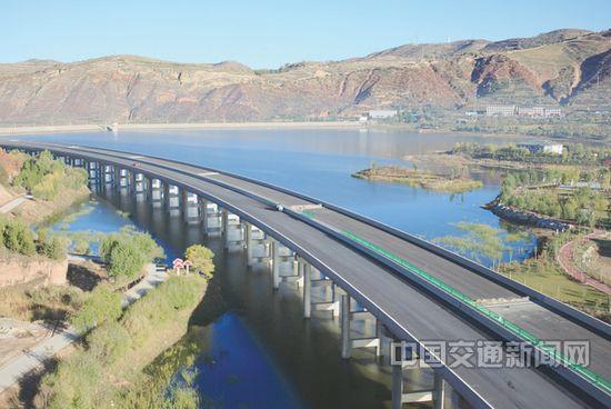 宁夏地区东毛高速预计将在2016年6月全线贯通
